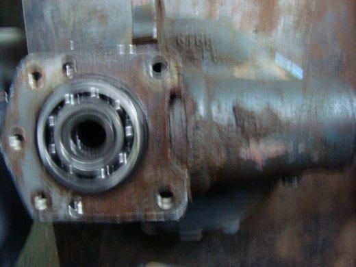 Kubota L2900 Front Axle Shaft : Kubota front axle case oil seal autos post
