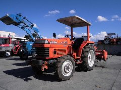 Used farm tractor Kubota L1-255, 4WD, 25HP