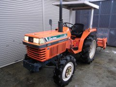 Used farm japanese tractor Kubota L1-24 24HP