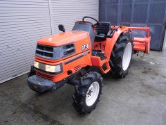Used japanese farm tractor Kubota GT8 4WD 26HP
