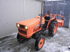 Used japanese tractor Kubota ZL2601 26HP