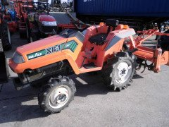 Used farm tractor Kubota XB1 4WD 12HP
