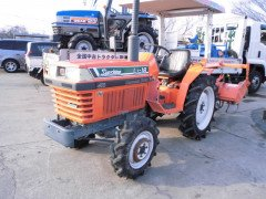 KUBOTA MINI TRACTOR L1-18 FROM JAPAN