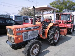 KUBOTA TRACTOR L2602DT WHIT SIDE ROTARY 4WD