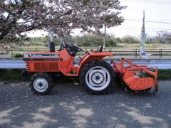 KUBOTA L1-18 SUNSHINE WHIT POWER STEERING