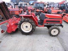 Used farm tractor Yanmar F215