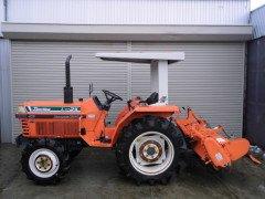 Used farm japanese tractor Kubota L1-24 24HP